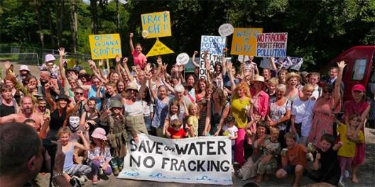 balcombe-3-frack-off-2013